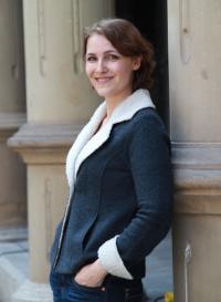 Drei Fragen an … Autorin Nina Blazon